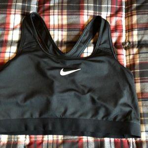 Nike Women's sports bra XL